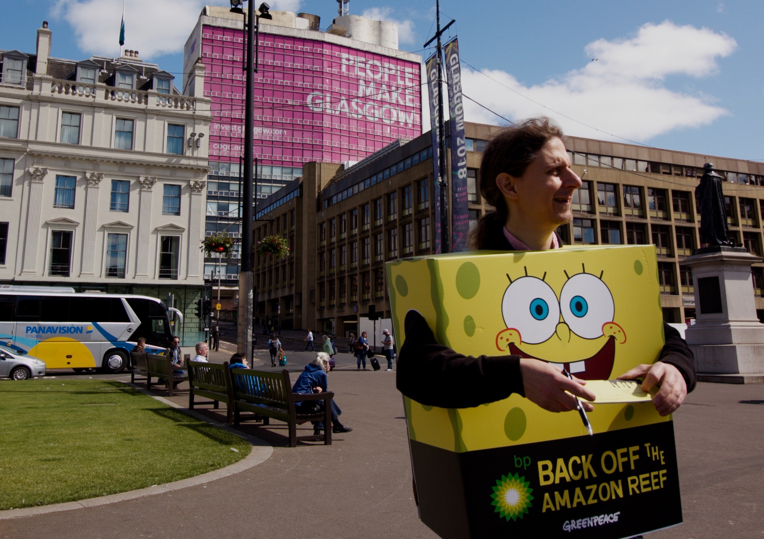 Greenpeace volunteer in Spongebob Squarepants costume